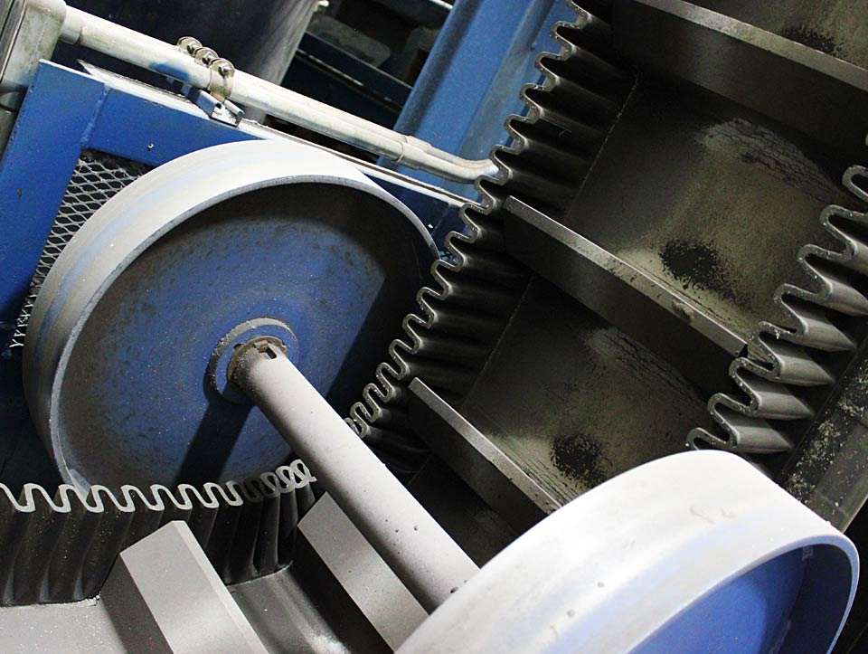 Heavy Duty Steep Incline Conveyor