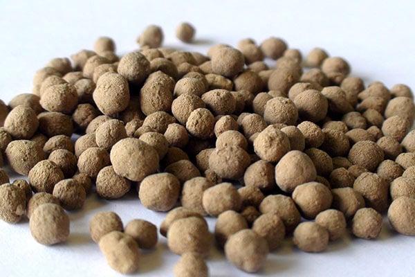 Limestone pellets