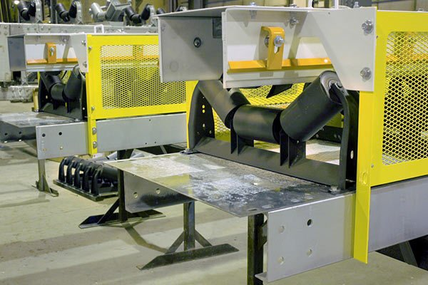 FEECO Belt Conveyors with Side Guards