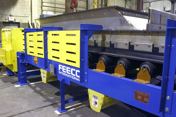 FEECO Belt Feeder in Production
