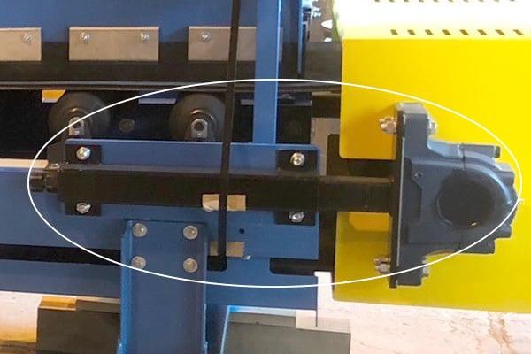 Telescoping Screw Take up on a Belt Conveyor